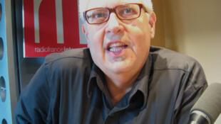 Victor Rodríguez Núñez en RFI.