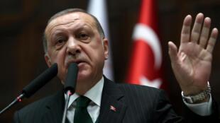 "O presidente turco Recep Tayyip Erdogan acusou Israel de ""terrorismo de Estado"" e ""genocídio"""