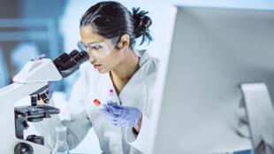 On dénombre 8 000 maladies rares dans le monde.
