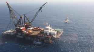 Une vue aérienne de la plate-forme de fondation du champ de gaz naturel du Leviathan, dans la mer Méditerranée, au large de Haïfa, en Israël.