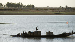 The commercial port of Mopti supplies goods up the river Niger to the northern cities of Timbuktu and Gao