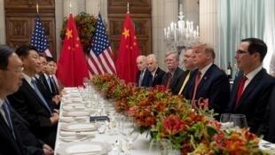 Cuộc gặp giữa chủ tịch Trung Quốc Tập Cận Bình và đồng nhiệm Mỹ Donald Trump, tháng 12/2018 tại Buenos Aires nhân thượng đỉnh G20.