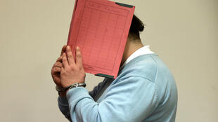 O ex-enfermeiro alemão Nils Högel, já condenado pela morte de dois pacientes, é suspeito agora de pelo menos 84 assassinatos. Imagem de 9 de dezembro de 2014.