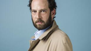Portrait de l'écrivain Olivier Guez.