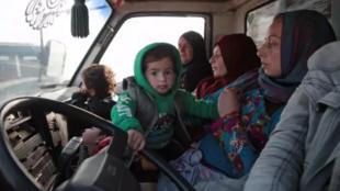 向土耳其逃亡的叙利亚难民资料图片