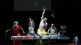 A peça « Ping Pang Qiu » Da espanhola Angélica Liddell é uma crítica feroz à China.