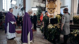 Missa de corpo presente do prefeito Pawel Adamowicz na Basílica St Mary's, em Gdansk.