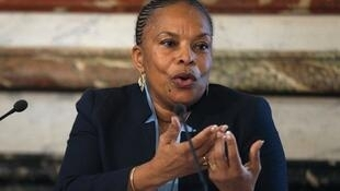 French Justice Minister Christiane Taubira has called off her visit to Rwanda's genocide commemoration