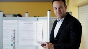 Leo Varadkar, primer ministro, votando en Dublín