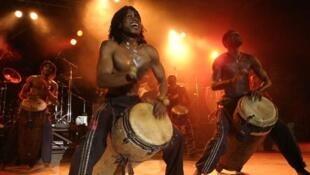 Les Tambours de Brazza on stage