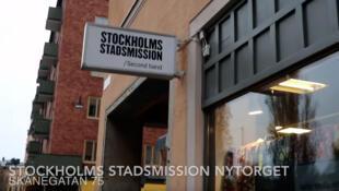 Na Suécia, comprar peças vintage em brechós e lojas de segunda mão é a nova moda.