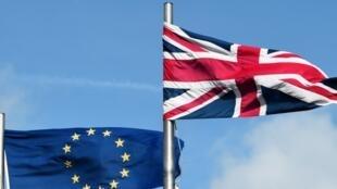 A oito dias do referendo sobre o futuro do Reino Unido na União Europeia, o Brexit está à frente.