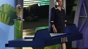 A presidente, Dilma Rousseff, na cerimônia do sorteio das eliminatórias da Copa de 2014