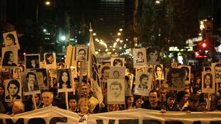 Manifestación de la asociación  Madres y Familiares de Uruguayos Detenidos Desaparecidos.