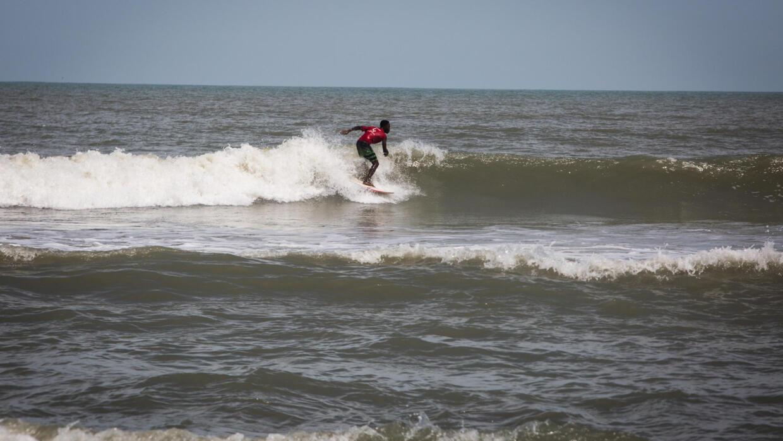Ghana: le surf, un sport qui tend à se développer