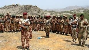 Yemeni soldiers on the border of the northern province of Saada