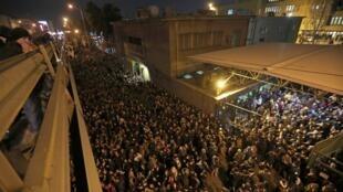 伊朗墜機:民眾示威譴責哈梅內伊            2020年1月12日