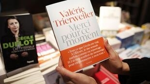 'Thank you for the moment' gives Trierweiler's view of her 9 year relationship with François Hollande