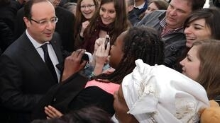 The president and the people - François Hollande in Dijon on Tuesday