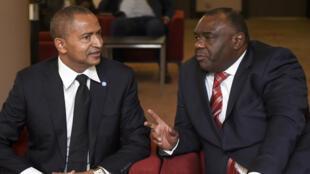 Moïse Katumbi et Jean-Pierre Bemba avant une conférence de presse commune le 12 septembre 2018 à Bruxelles.