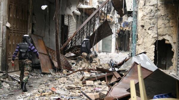 Os combates em Omeyyades, no norte do país, destruíram parte da mesquita.