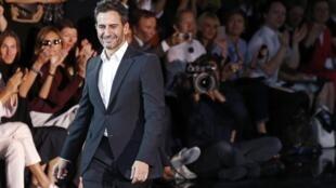 Marc Jacobs se despede da Louis Vuitton após desfile desfile prêt-à-porter primavera-verão 2014