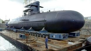 A Scorpene-class diesel submarine is seen at the shipyard in Cherbourg, France on October 21, 2003; Brazil on December 23, 2008 signed with France an agreement to buy Scorpene-class attack submarines.