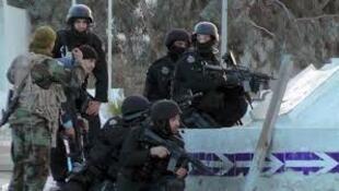 Forças especiais tunisinas em Ben Guerdane