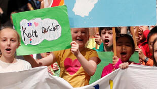 "Children asking world leaders to ""Save the world"" in  Bonn this month"