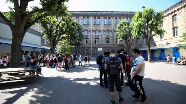 En France, la majorité des collégiens et des lycéens adhèrent à la laïcité