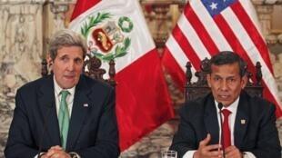 O secretário de Estado John Kerry e o presidente peruano Ollanta Humala 11/12/14 em Lima