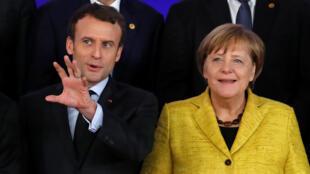 2017年12月14日法國總統馬克龍與德國總理默克爾