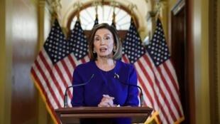 Chủ tịch Hạ Viện Mỹ, bà Nancy Pelosi, thuộc đảng Dân Chủ, thông báo Quốc Hội sẽ chính thức mở điều tra theo thủ tục phế truất tổng thống, Washington, ngày 24/09/2019.