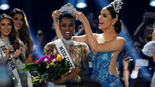 La Sud-Africaine Zozibini Tunzi est la nouvelle Miss Univers 2019.