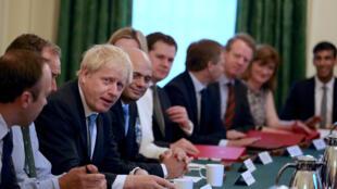 Tân thủ tướng Anh Boris Johnson họp phiên đầu tiên với nội các mới gồm toàn những nhân vật ủng hộ Brexit, ngày 25/07/2019.