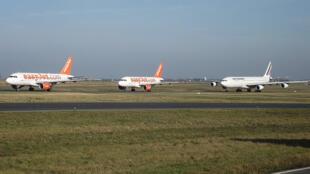 Aeroporto parisiense Charles de Gaulle, com 60 milhões de passageiros por ano, é o segundo mais importante da Europa.