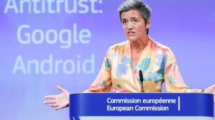 По мнению Маргрет Вестагер, политика Google нарушила права европейских потребителей