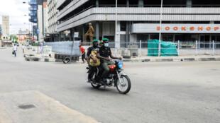 La ville de Lagos quasiment déserte avec la mise en place du confinement pour une durée de deux semaines.