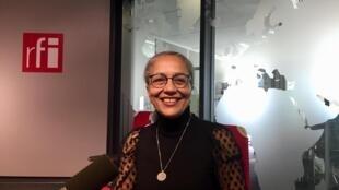 L'écrivaine algérienne Hajar Bali en studio à RFI (février 2020).