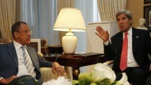 Двусторонняя встреча Сергея Лаврова и Джона Керри в Париже 27 мая 2013