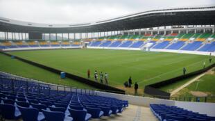 Estádio em Oyem, note do Gabão, foi inaugurado antes da abertura da Copa Africana de Nações 2017.