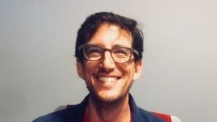 L'écrivain américain Mischa Berlinski lors de son passage en studio à Rfi, en mai 2018.