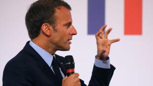 Emmanuel Macron, durante a apresentação das medidas para os bairros mais desfavorecidos.