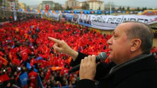 Turkish president Erdogan adresses a crowd in Usak, Turkey,  20 January 2018