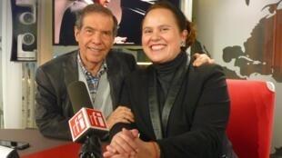 Héctor Rojas junto a Estefania Angeles en los estudios de RFI