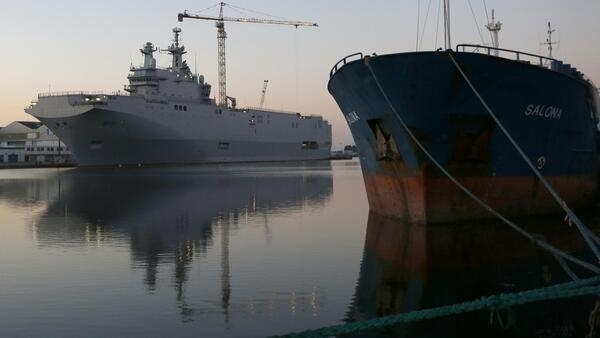 One of the Mistral warships in the Saint Nazaire dockyard