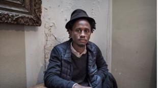 Hakim Bah, Montreuil, mars 2019. Lauréat du prix théâtre RFI 2016, il a travaillé avec des mineurs non accompagnés guinéens.