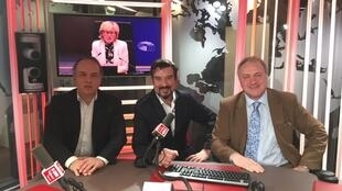 RFI's David Coffey (C) with Yves Bertoncini (Mouvement Européen) and Jeremy Stubbs (Conservatives in Paris)