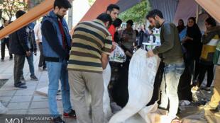 کمکهای مردمی به زلزلهزدگان کرمانشاه