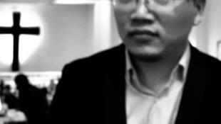 《憤怒與神秘》中文譯者張博